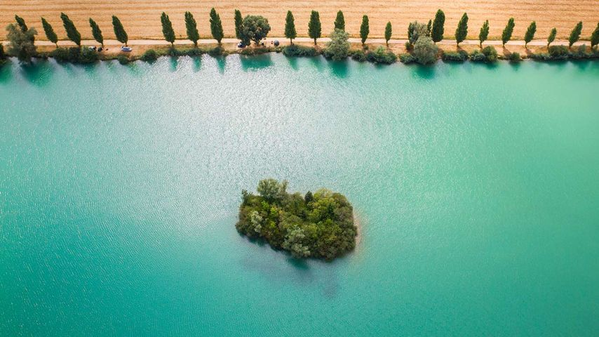 Die Yonne in der Nähe von Sens, Département Yonne, Region Bourgogne-Franche-Comté, Frankreich