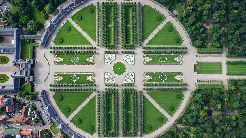 「シュヴェツィンゲン城館公園」ドイツ, バーデン=ヴュルテンベルク州