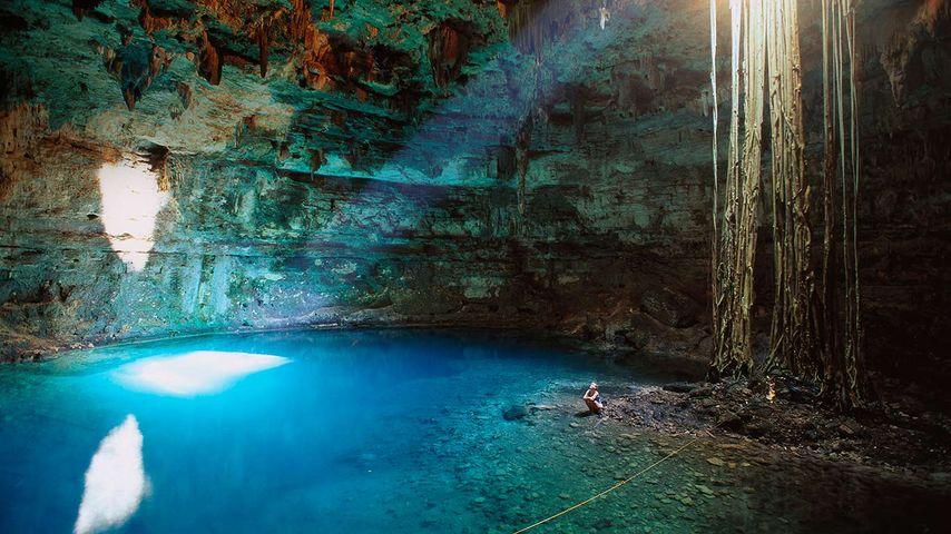 Cenote Samula near Valladolid, Yucatán Peninsula, Mexico