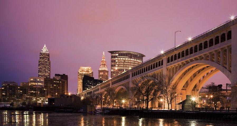 「デトロイト・スペリオル橋」オハイオ州, クリーブランド