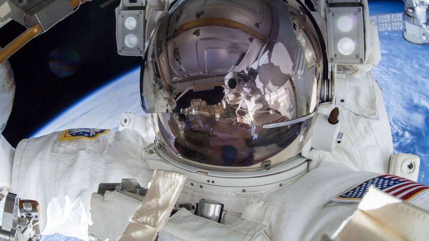 宇航员Terry Virts的太空自拍照