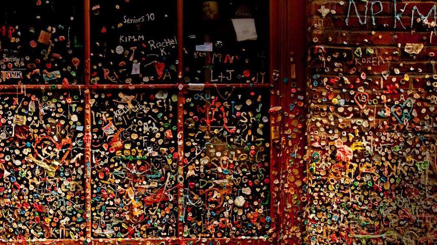 Gum wall, Pike Place Market, Seattle, USA