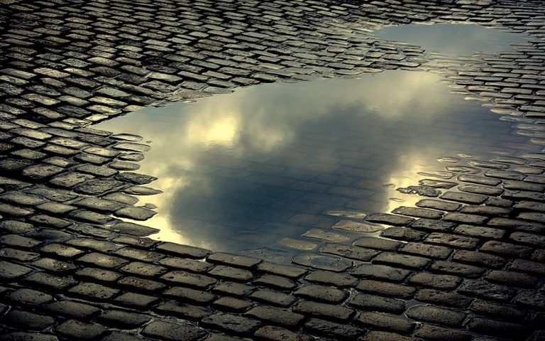 outdoor water cloud sky roof way sidewalk paving