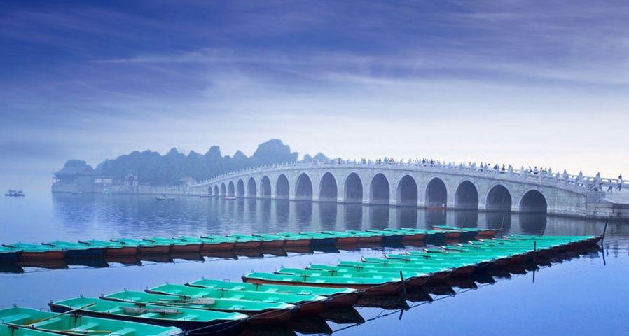 北京颐和园的十七孔桥