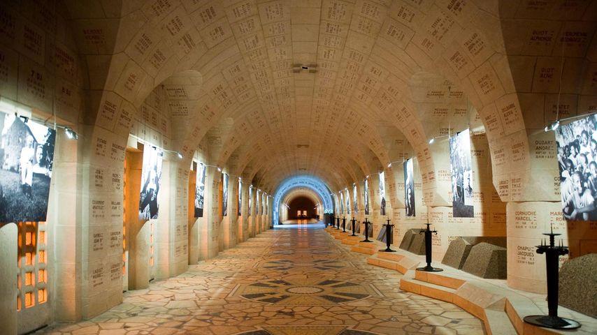 Ossuaire de Douaumont, Meuse, Grand Est