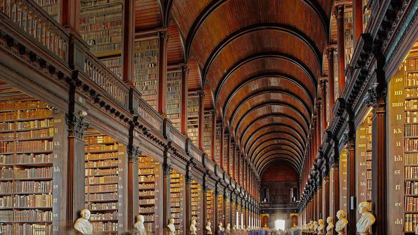 都柏林三一学院图书馆,爱尔兰