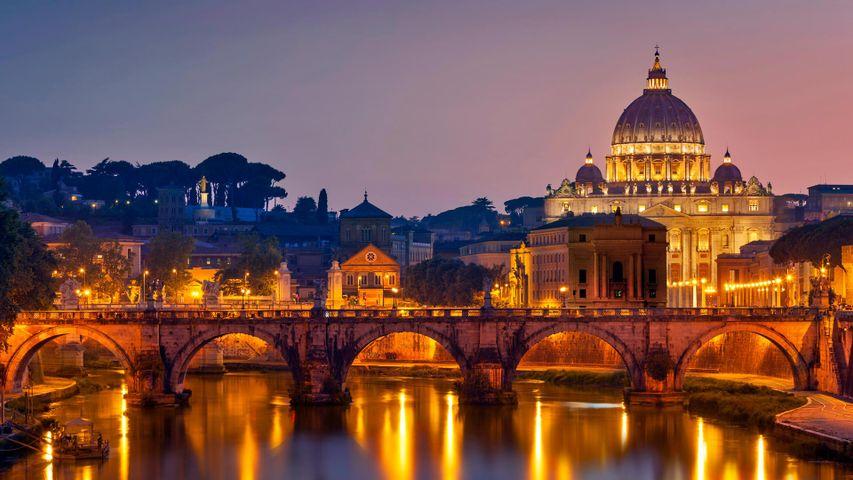 圣天使桥和圣彼得大教堂,意大利罗马