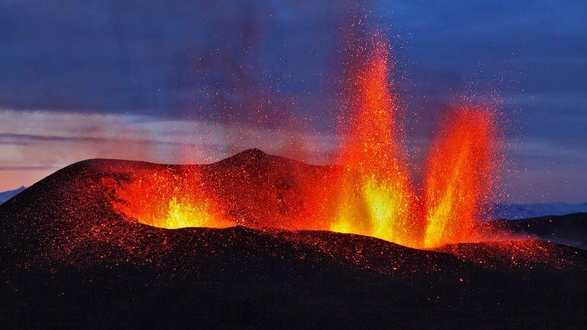 Ausbruch des Eyjafjallajökull, Hochebene Fimmvörðuháls, Island