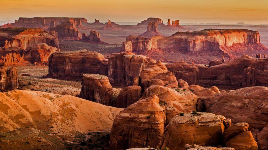 亚利桑那州和犹他州的纪念碑山谷