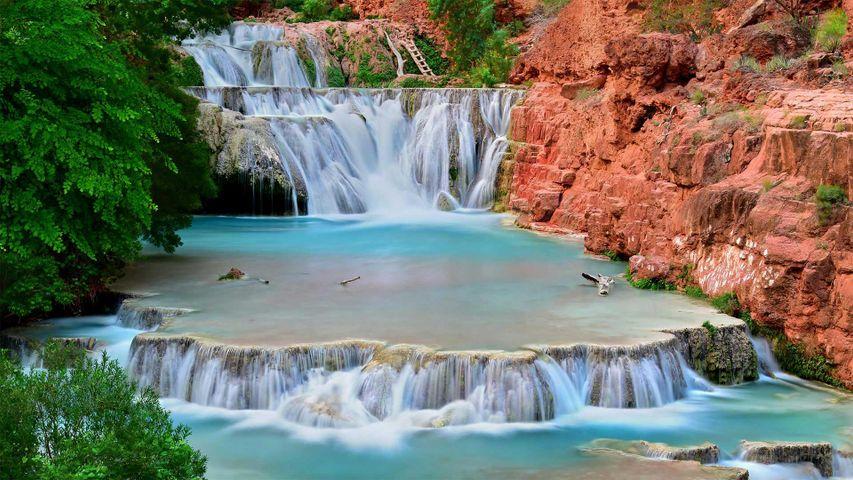 Beaver Falls on Havasu Creek in the Grand Canyon, Arizona, USA