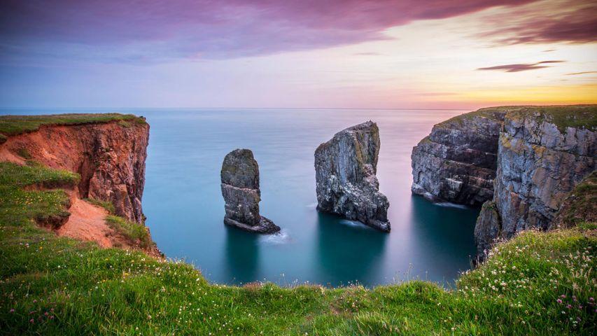 「スタック・ロックス」イギリス、ウェールズ