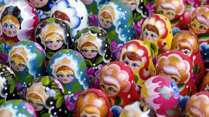 Groupe de poupées russes