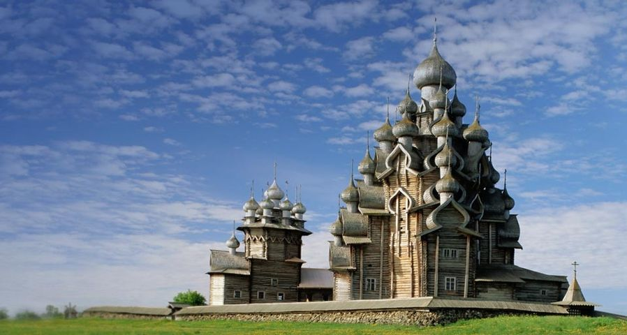 Transfiguration Cathedral on Kizhi Island, Karelia, Russia – Ellen Rooney/Getty Images ©