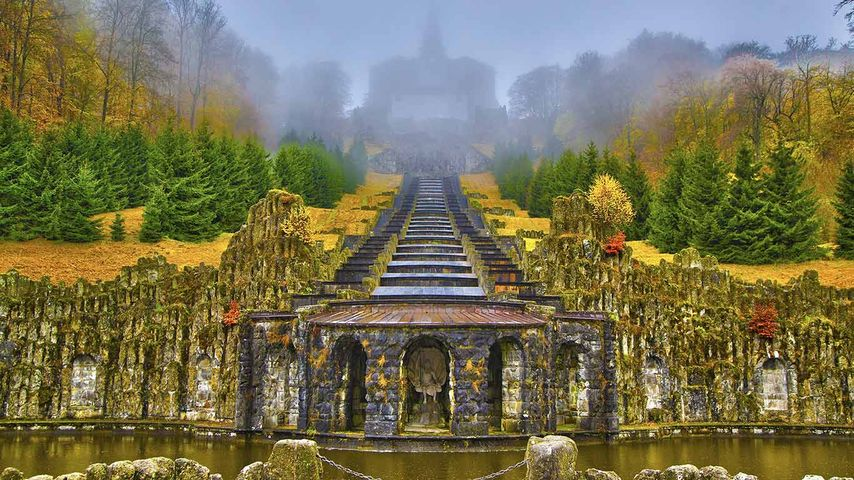 Kaskaden der Wasserspiele im Bergpark Wilhelmshöhe, Kassel, Hessen, Deutschland