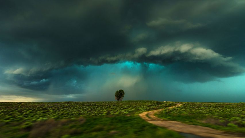 「ラマー上空の雷雨」米国コロラド州