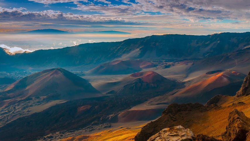 夏威夷茂宜岛,哈雷阿卡拉火山口的渣锥