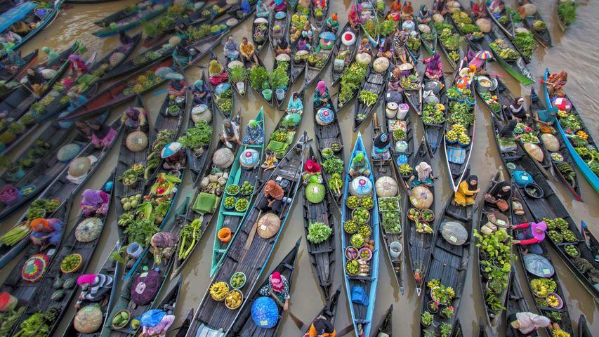 Lok Baintan Floating Market on the Martapura River in Indonesia