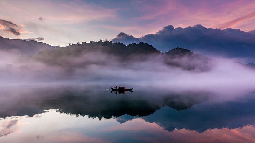 【今日白露】东江上的一叶扁舟,广东省