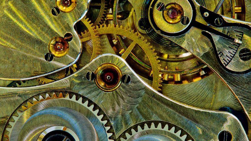 Das Uhrwerk einer antiken Taschenuhr