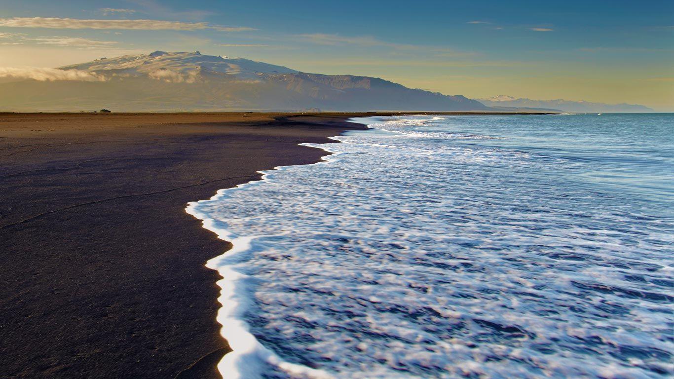 Black sand beach on Ingólfshöfði, Iceland