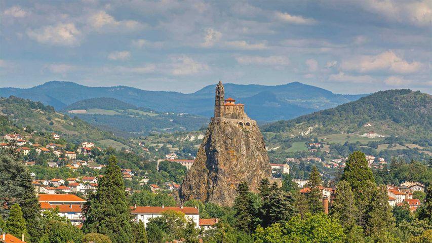 Eglise St-Michel d' Aiguilhe, Le Puy-en-Velay, France