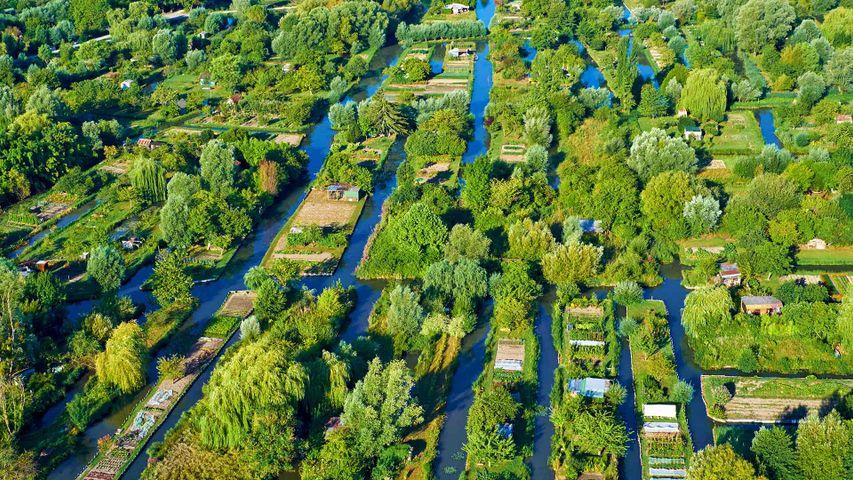 Vue aérienne des marais de Bourges, France