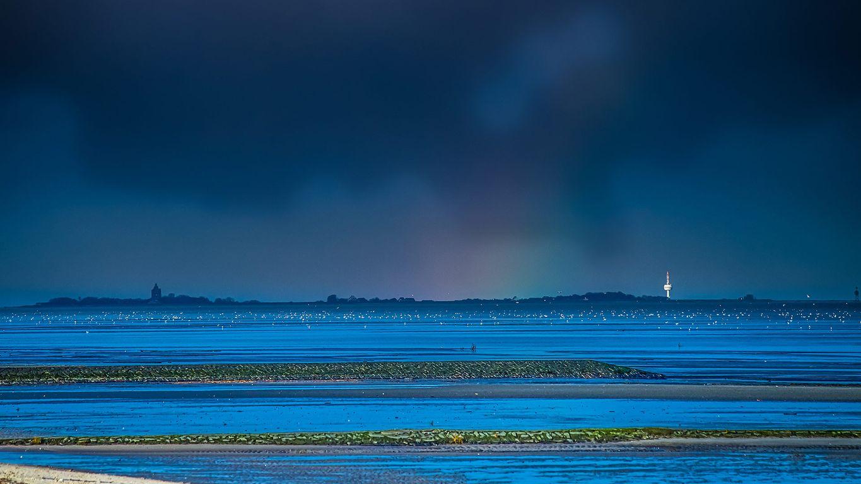 Blick von Cuxhaven auf die Insel Neuwerk