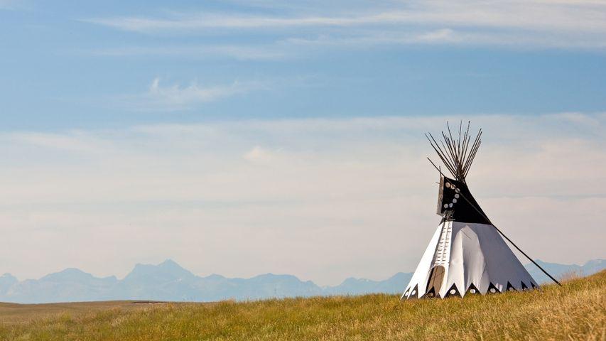 Tipi dans l'Alberta du Sud, Canada
