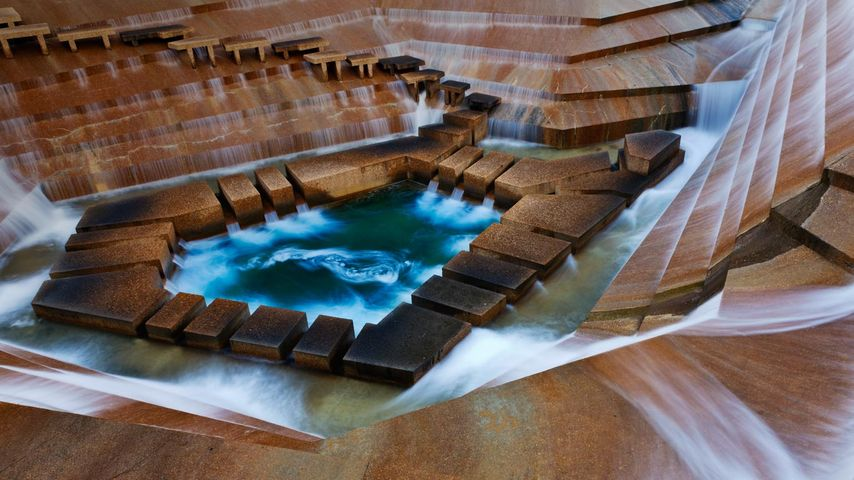 Fort Worth Water Gardens, Fort Worth, Texas