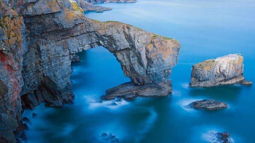 Green Bridge of Wales in Pembrokeshire Coast National Park, Wales