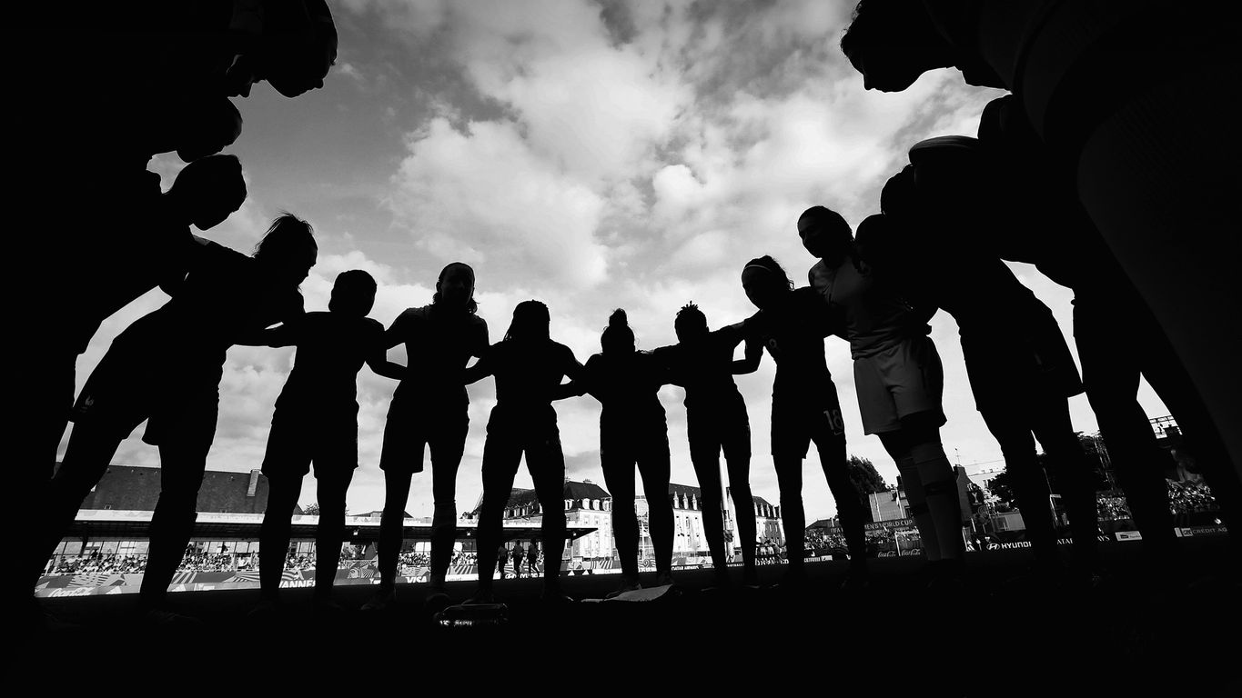 France players in a huddle prior to their semi-final match against Spain at the Fifa U-20 Women's World Cup
