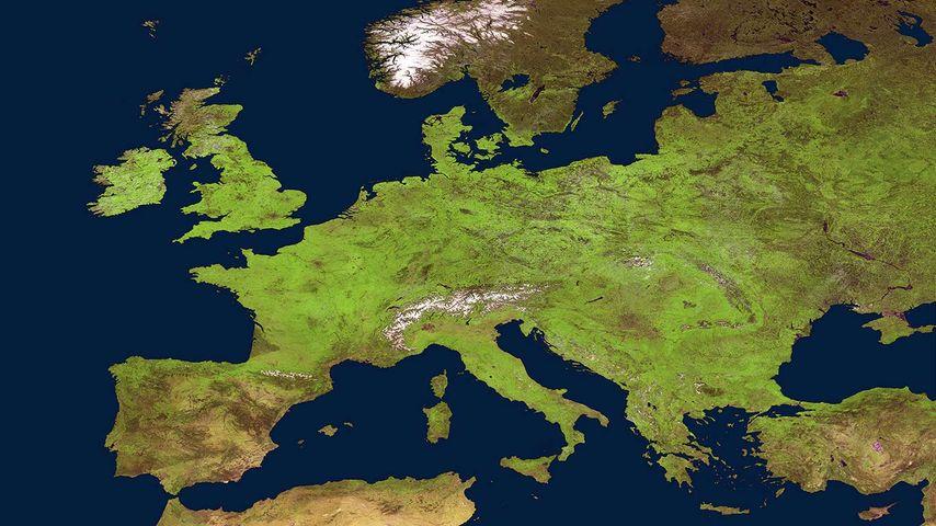 Frühling in Europa. Blick aus dem Weltall auf die Erde