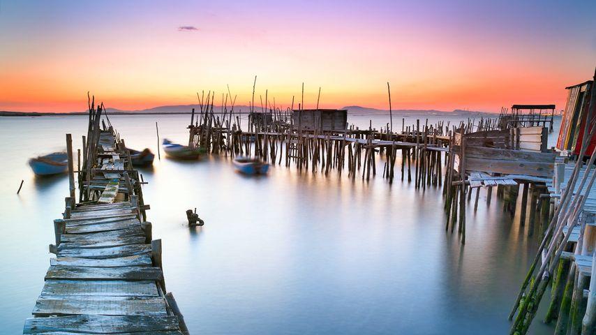 Bootssteg an der Sado-Mündung nahe Comporta, Portugal