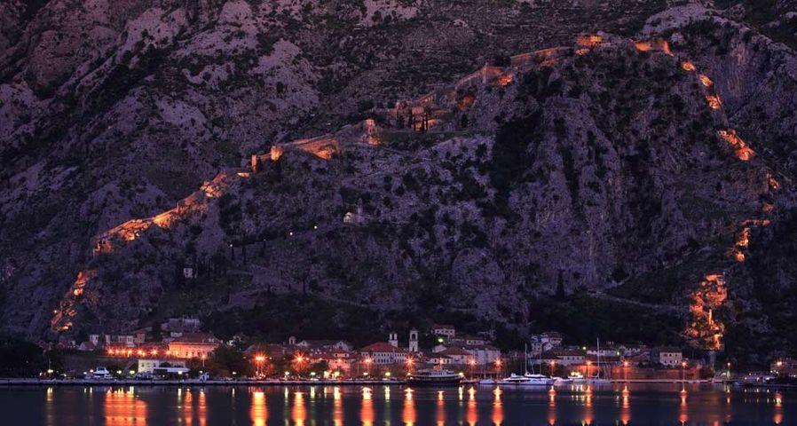 黑山亚得里亚海岸的科托尔镇
