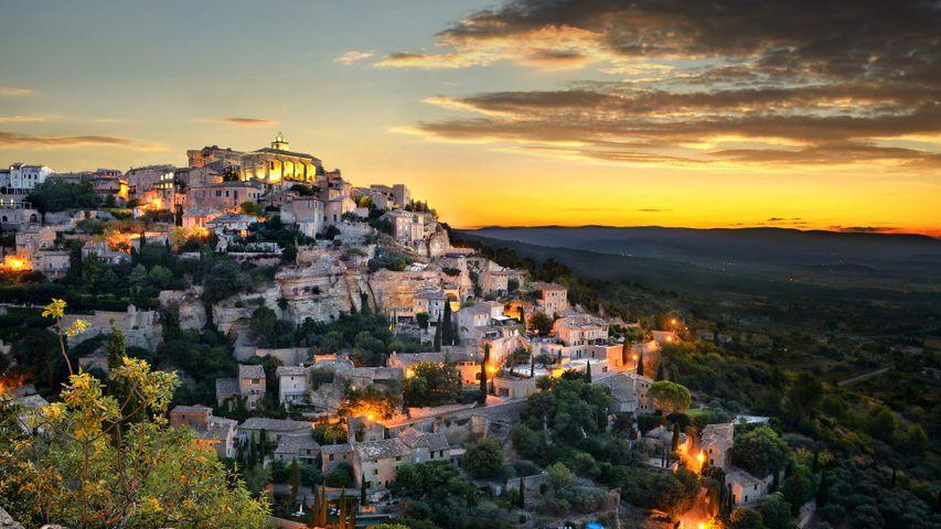 Village of Gordes, Provence-Alpes-Côte d'Azur, France