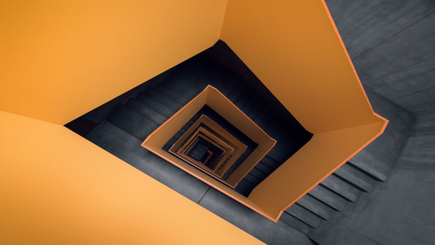 Staircases PREMIUM 4K Theme for Windows 10