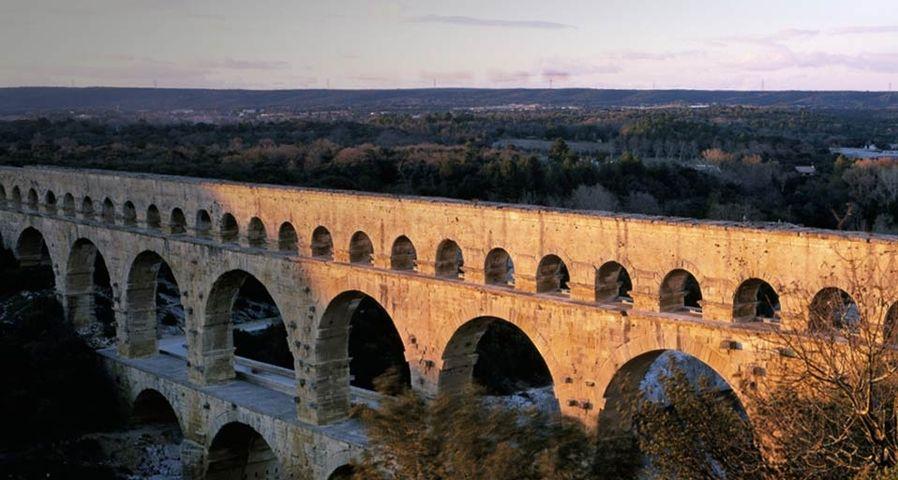法国加尔桥
