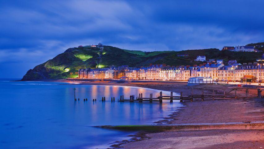 Le front de mer et la promenade d'Aberystwyth, Ceredigion, Pays de Galles, Royaume-Uni