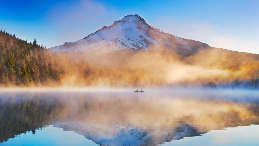「トリリアム湖とフッド山」米国オレゴン州, マウントフッド国立森林