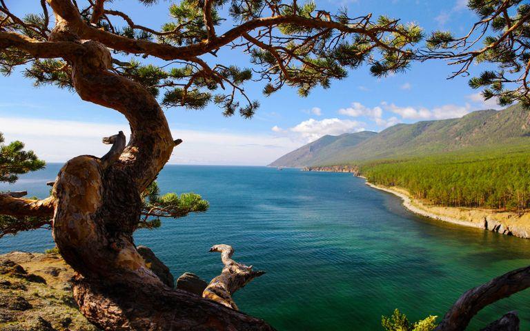 Russia Lake Baikal Windows 10 Theme