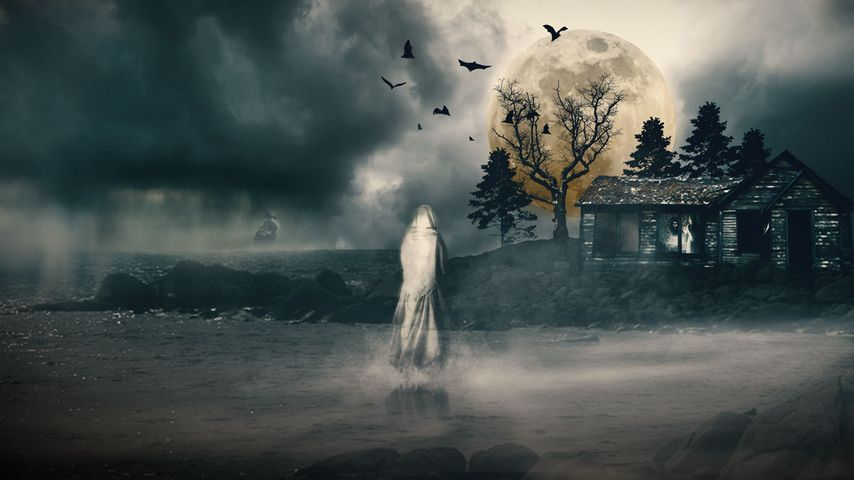 Homage to legendary ghost stories