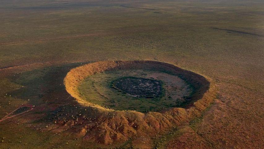 Impact de météorite près de Halls Creek, Australie-Occidentale