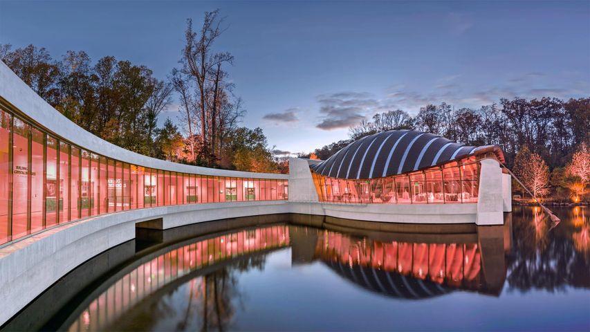 「クリスタルブリッジズ・ミュージアム・オブ・アメリカンアート」米国アーカンソー州