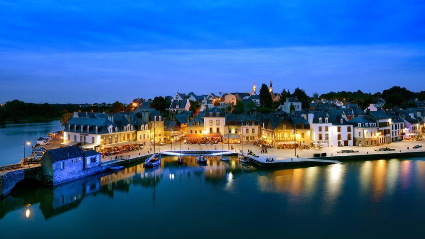 Auray au crépuscule, département du Morbihan, Bretagne