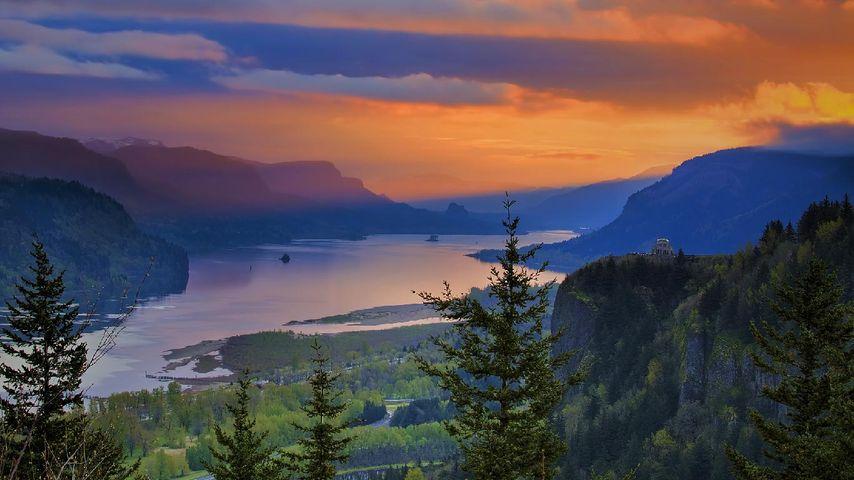 Crown Point dans la gorge du Columbia, Oregon, États-Unis