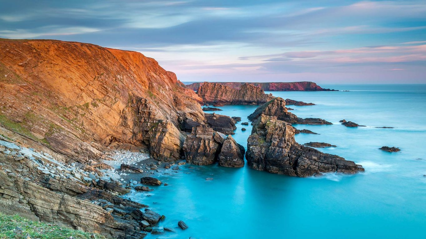 Pitting Gales Point, Pembrokeshire Coast National Park, west Wales