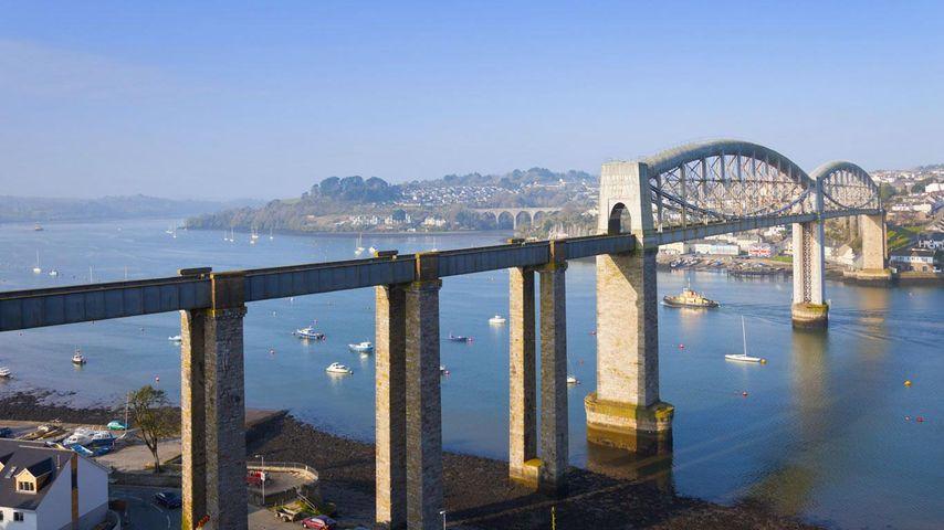 Royal Albert Bridge across the River Tamar, Devon, Plymouth, England