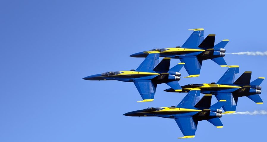 Blue Angels in close formation