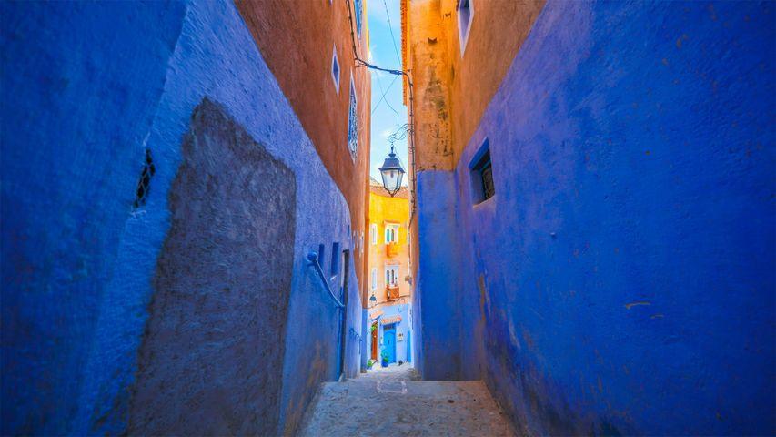 「シャウエンの青い壁」モロッコ