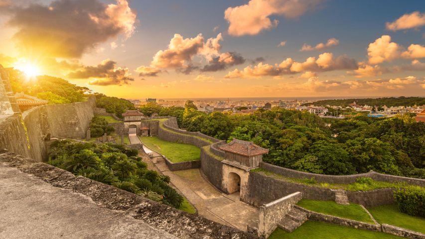 「首里城の久慶門」沖縄, 那覇市
